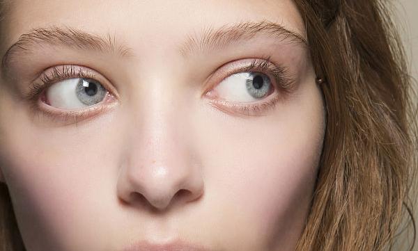 8 советов для макияжа чувствительной кожи глаз