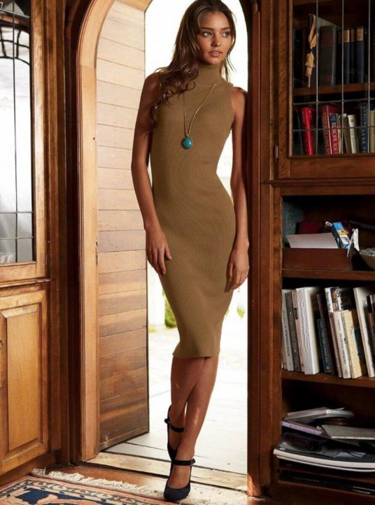 фото девушек в тонком платье - 5