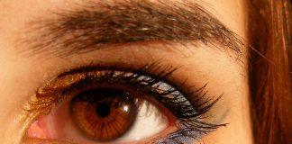 Какие бывают формы кисточек для подводки глаз?