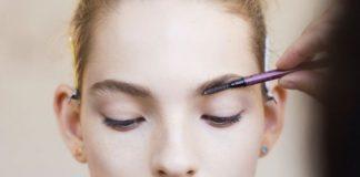 Основные ошибки в макияже бровей и коррекции, которых стоит избегать