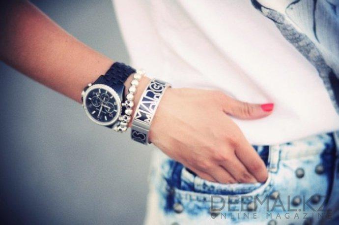 как носить браслеты на руке фото