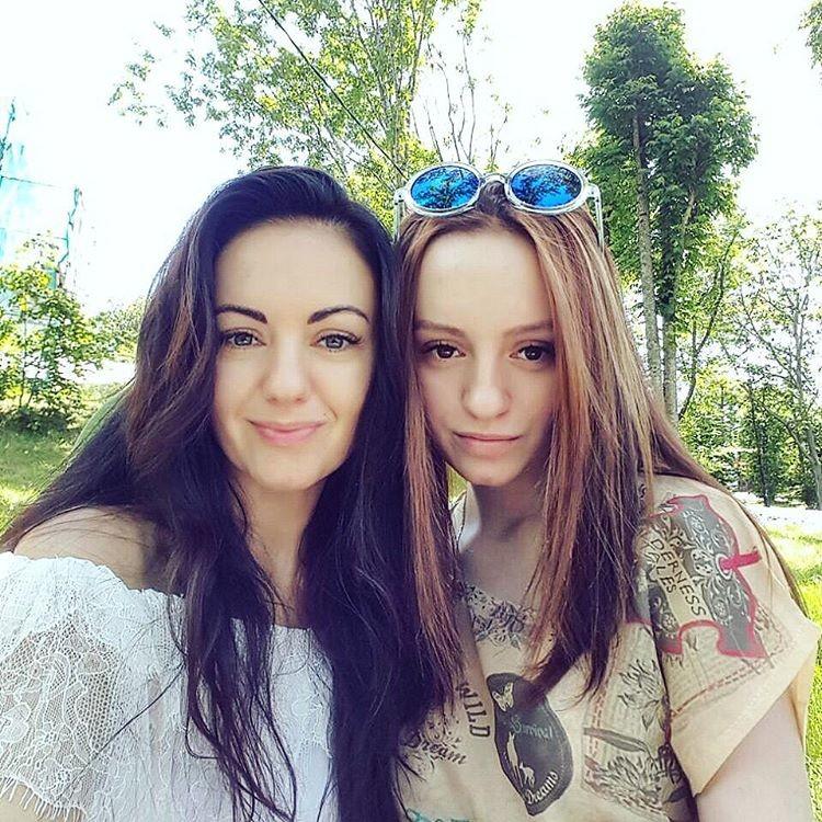 Девушки ц мат и дочь