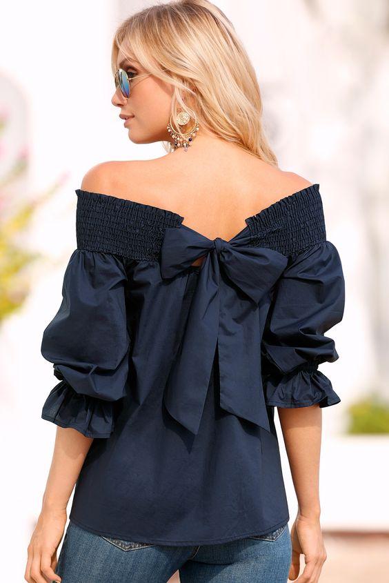 41c2fcd3e1f Блузка из атласа — королевское одеяние. В буквальном смысле этого слова.  Более 2 тыс. лет назад эта ткань использовалась для пошива одежды  императорской ...
