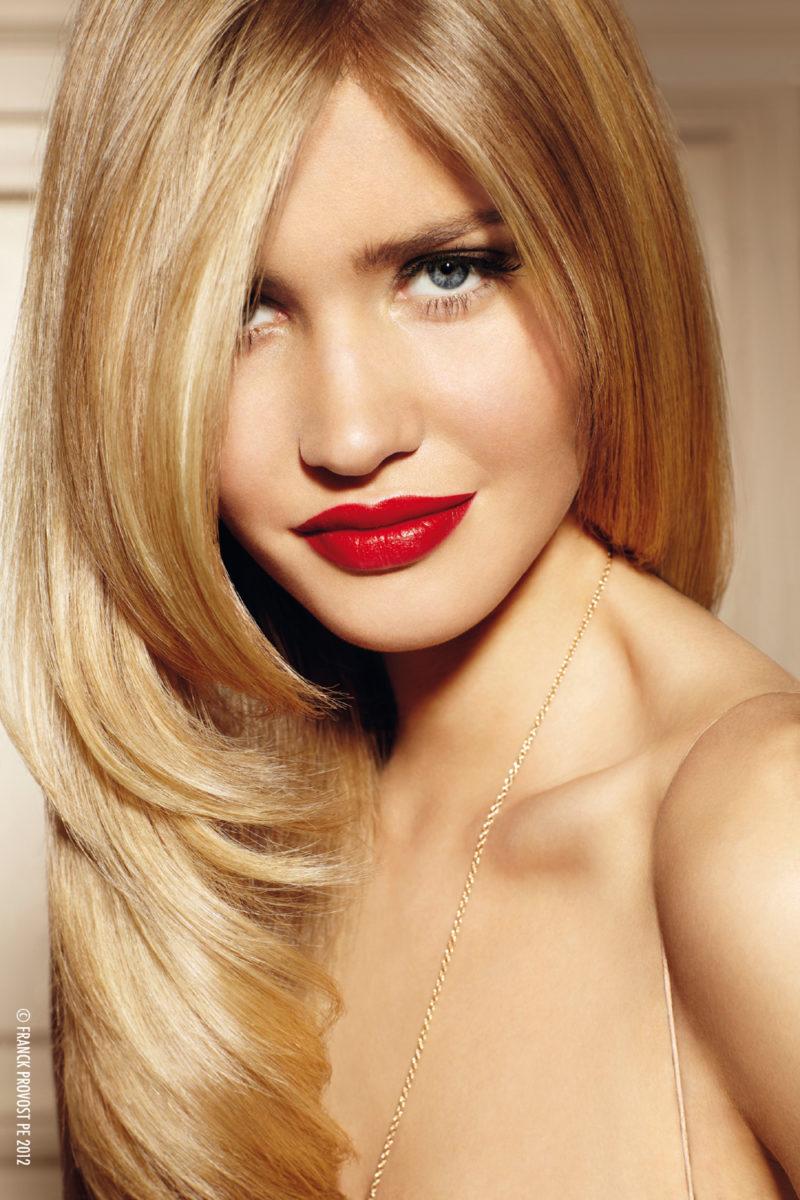 Причёски и стрижки для блондинок