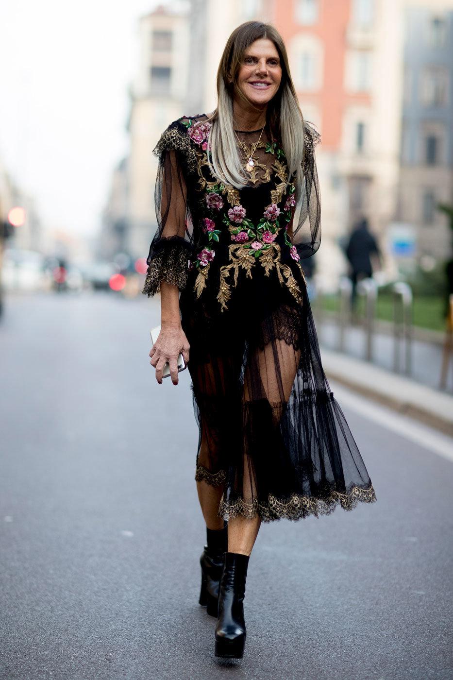Виниловый лаковый комплект платье перчатки 3