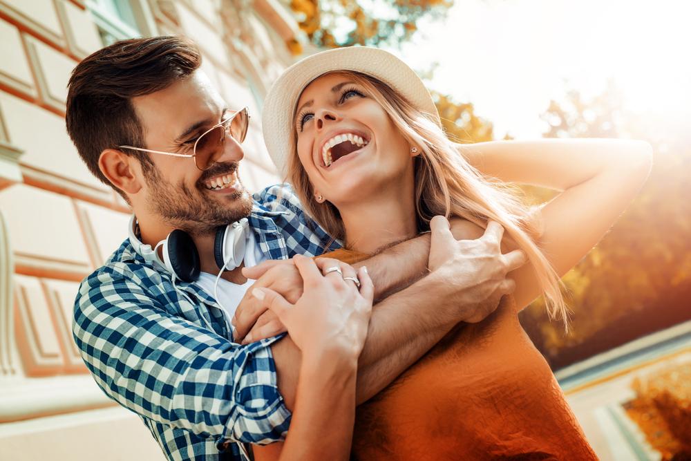 Картинки прикольные счастливые пары, днем рождения
