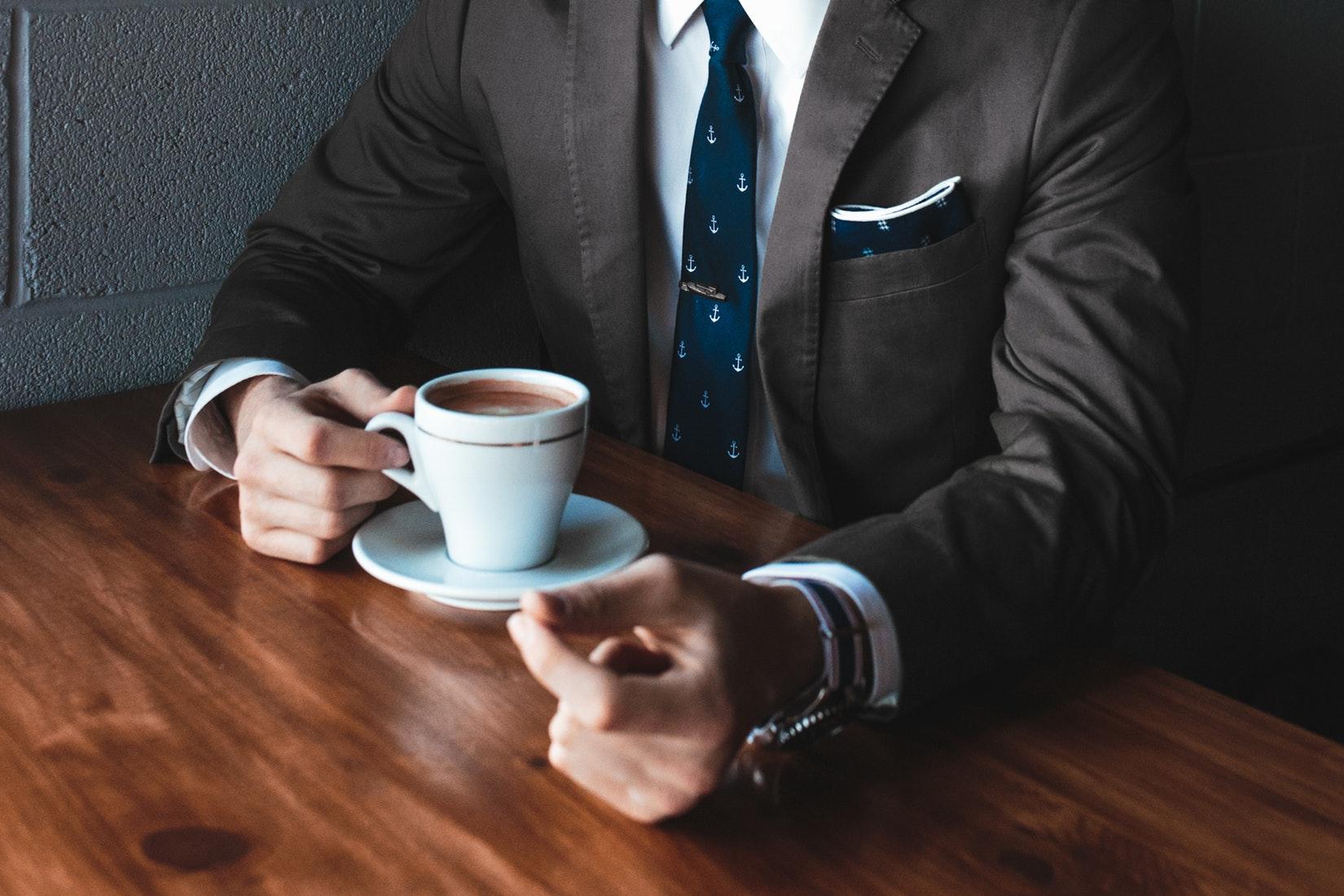 6 вещей, которые вы можете узнать о мужчине, глядя на его руки