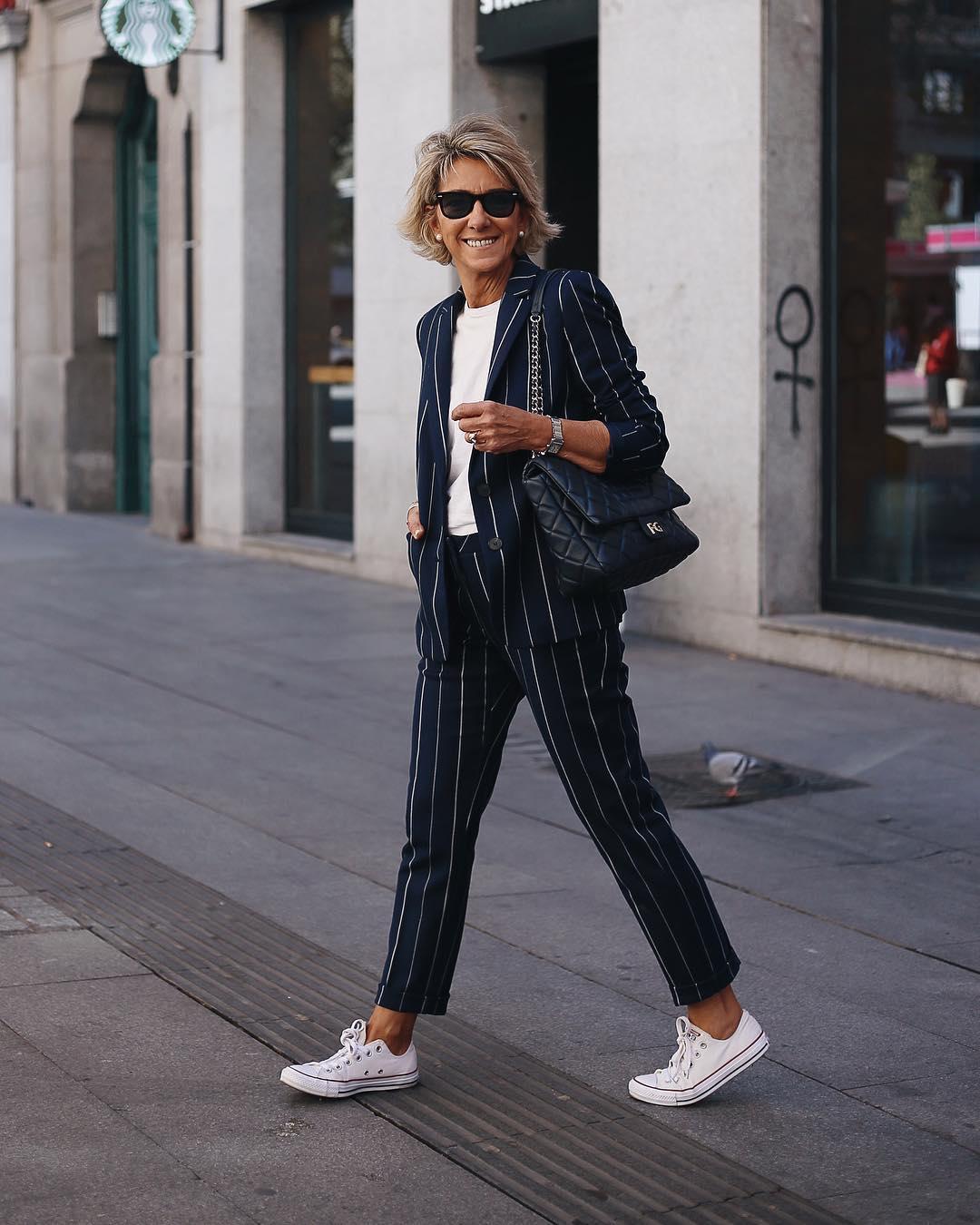 Как выглядеть модно, если выстарше 45: советы стилиста