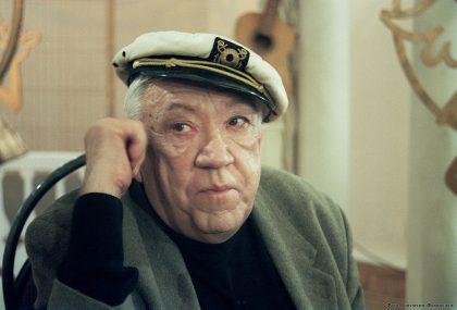 Артист цирка и кино Юрий Никулин, отец Максима Никулина.