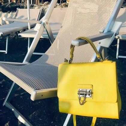 5 сумок вчесть легендарных женщин, которые всегда будут вмоде