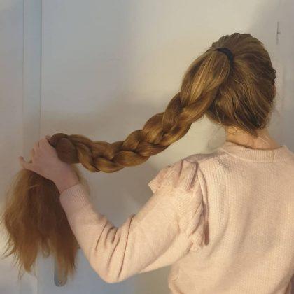 5 длинных причесок, выдающих неопрятную женщину