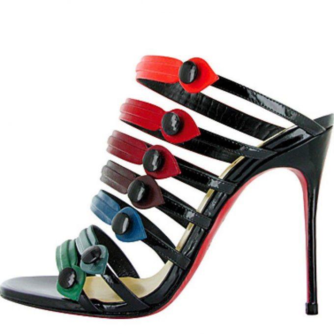 5 роскошных женщин, ради которых придумали особые туфли