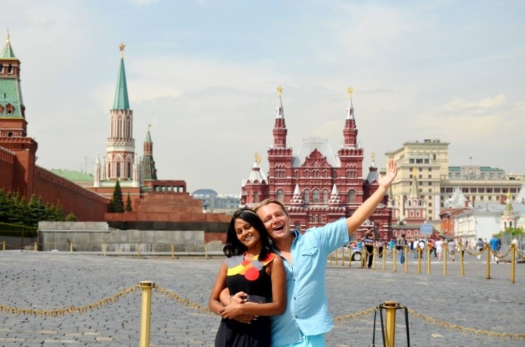 Русский парень, который влюбился в девушку из Индии. Как они живут спустя 12 лет и какими получились дети 9
